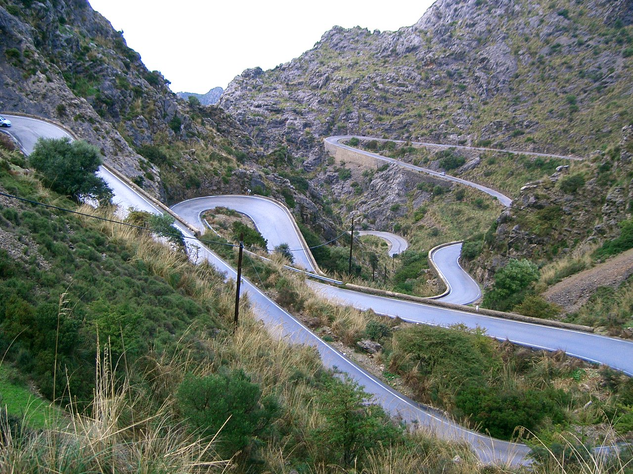 http://taxiescorca.com/fotos/Sa_Calobra_-_Mallorca.jpg